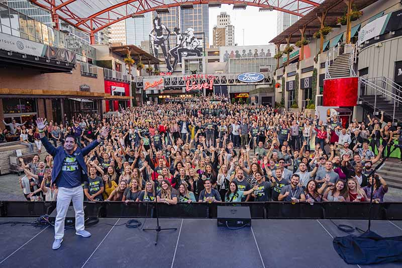 Intouch KC Live Group Shot