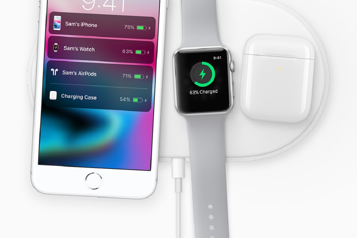 Image of iPhone iWatch and airPods