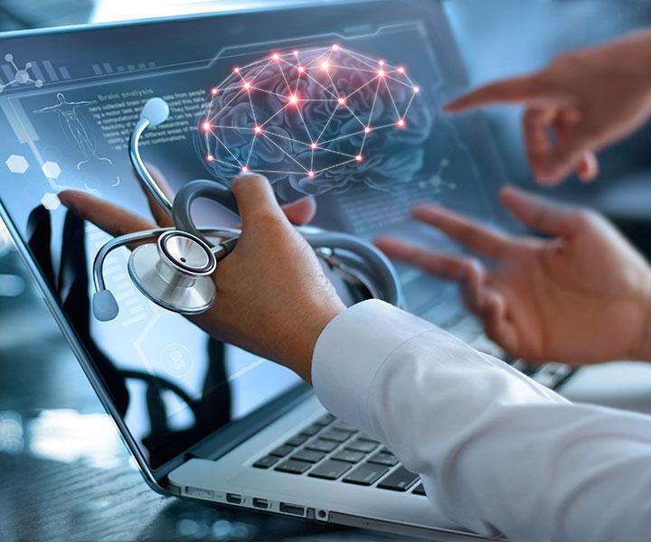 Laptop with 3d brain model
